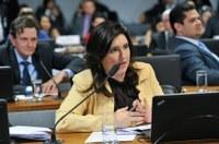 Senado - Comissão promove debate sobre prevenção e cuidados com câncer de mama