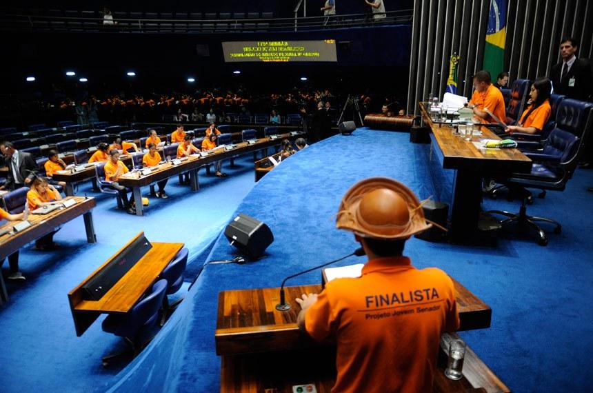 Vencedores do concurso Jovem Senador chegam em Brasília nesta segunda